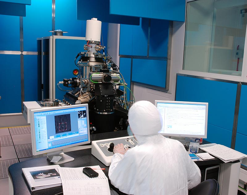 Helium Ion Microscope offering nanometer resolution